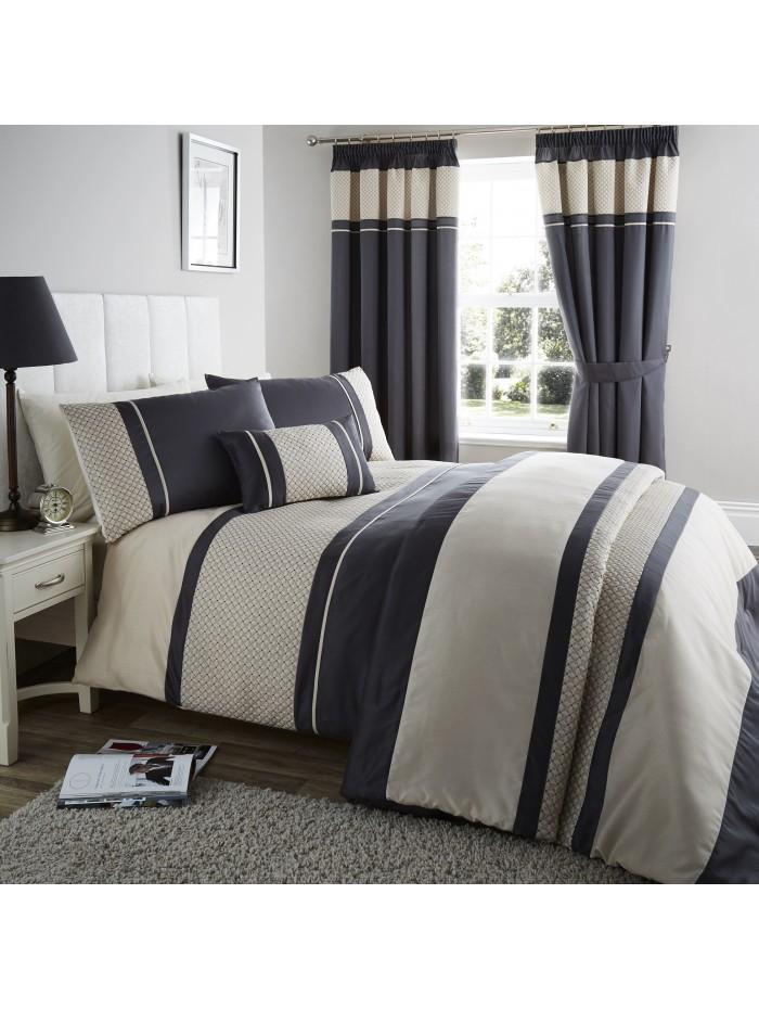 Geometric Cuff Bedspread Black