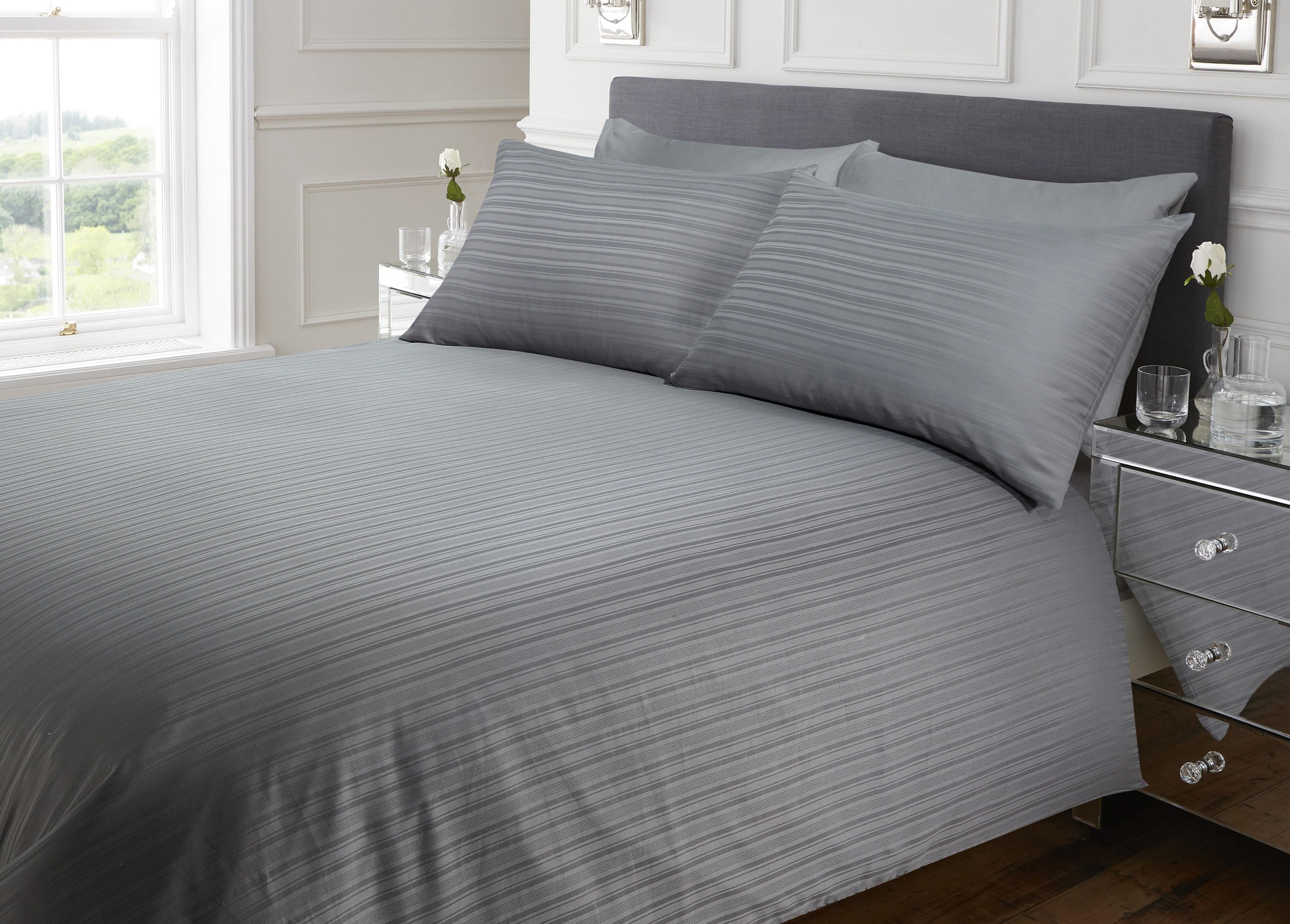 duvet stripe set white silentnight satin main